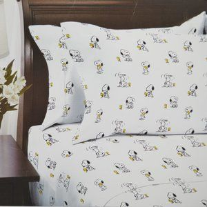 Peanuts Snoopy Handstand Woodstock Twin Sheet Set